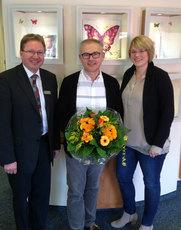 Foto (von links): Carl-Heinz Kloppenburg (Schriftführer), Wilfried Bruns, Kirsten Lüschen (1. Vorsitzende)